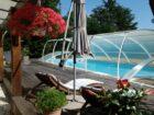chambre hôtes Le puits des Lucques : piscine couverte