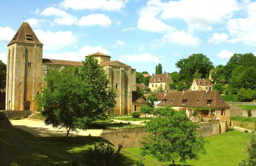 Abteikirche Paunat
