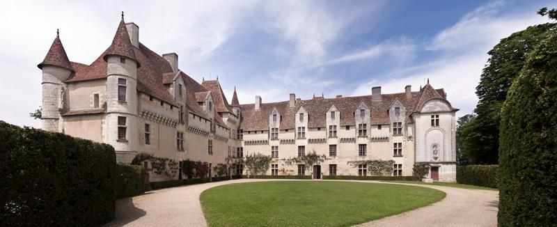 Accomodation at the Château de Neuvic